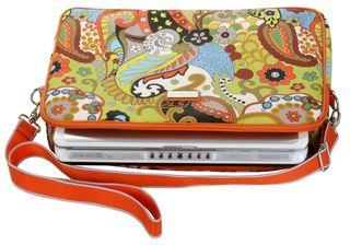 HDK841 Laptop Sleeve 17 (with laptop) Hannahs Paisley