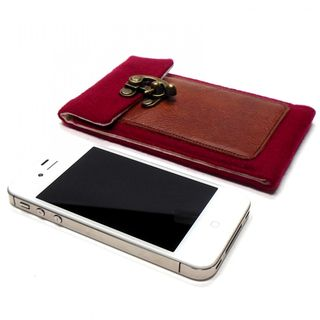 Mari forssell iphone wallet